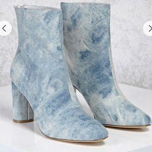 Denim washed boots